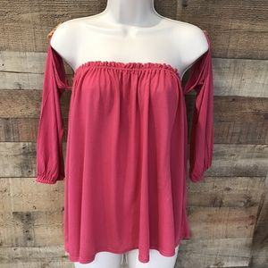 Splendid Pink Off Shoulder Top NWT Medium